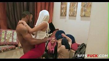 Таисия шанти (taissiya shanti) на порно кастинге у вудмана