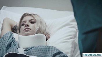 Аморальный полнометражный фильм с элементами кровавого насилия
