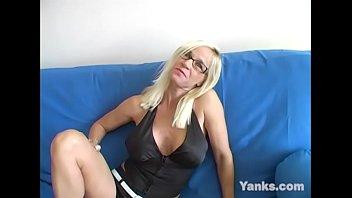 Буйный секс с секретаршей в офисе